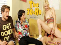 That 70s Ho Queen Of The Sluts (Chloe Cherry)